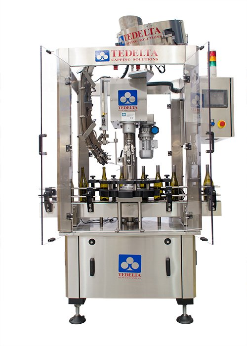 Máquina Taponadora Lineal Sistema por Robo 1